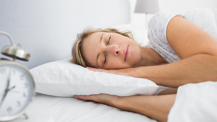 8 Tips for Better Sleep During Allergy Season