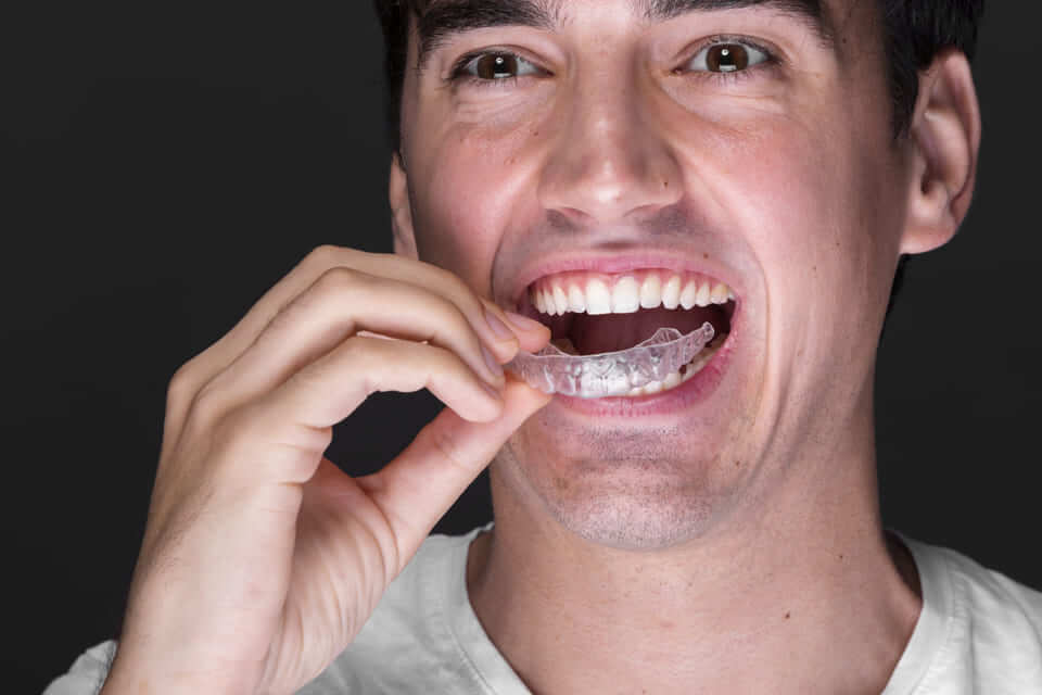 How to Do the Teeth Whitening the Right Way